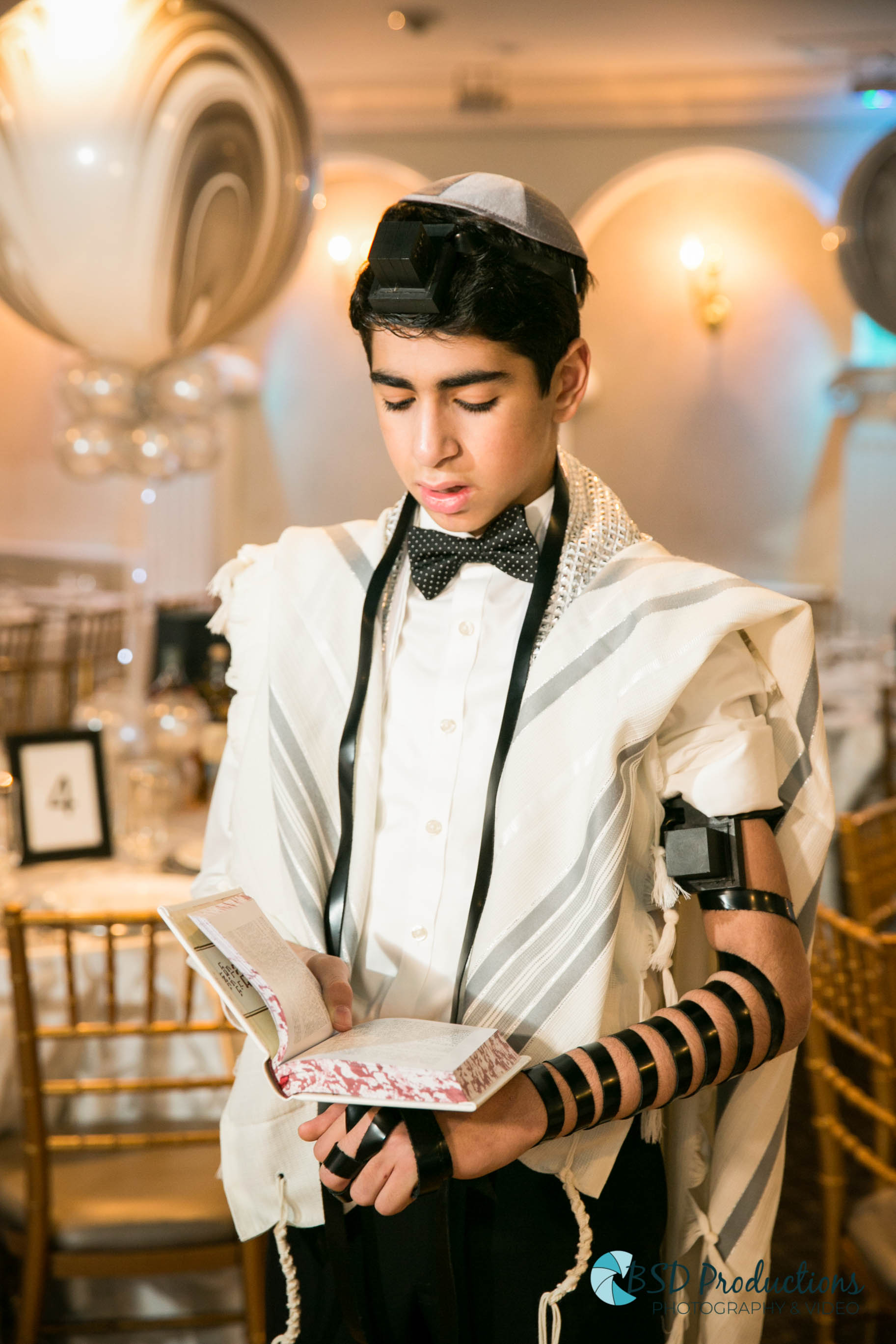 UH5A8941 Bar Mitzvah – BSD Productions Photography